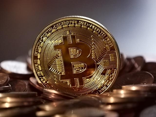 lesklá mince